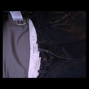 Mens Abercrombie and Fitch 32x34 navy pants
